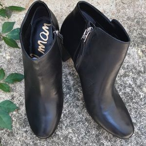 Sam Edelman Black Leather zip up Booties
